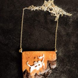 گردنبند ترکیب چوب و نقره