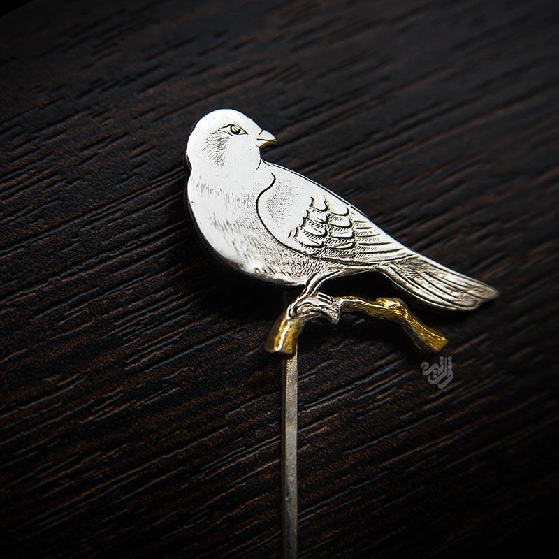 سنجاق سینه طرح پرنده