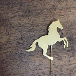 سنجاق سینه طرح اسب سایز بزرگ