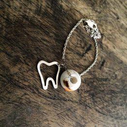 دستبند دندانی خط دور دندانی با مهره شیشه ای