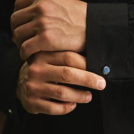 دکمه سر دست سنگ لاجورد تراش لوتوس
