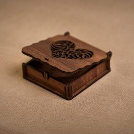 جعبه جواهر چوبی طرح قلب